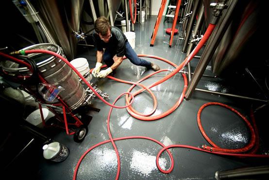 Herramientas para hacer cerveza artesanal